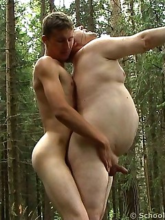 Nude thick girls taking it deep